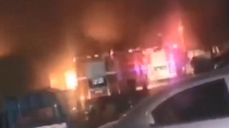 28秒丨滨州城区一面馆因操作不当引发火灾 幸无人员伤亡