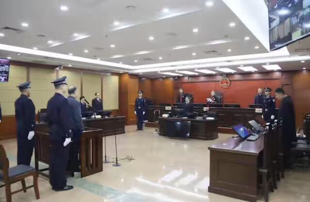 潍坊自然资源和规划局原局长徐润启获刑八年六个月