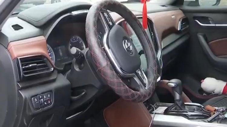 青岛一市民新车购买三个月出现异响 想要退车是否可行?