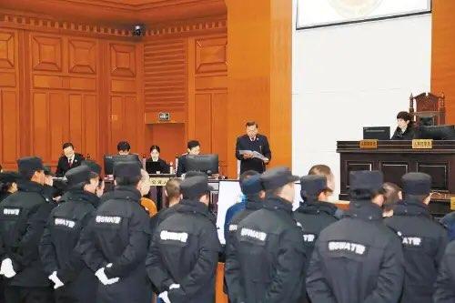 东营24人涉黑被公诉 涉嫌实施各类违法犯罪活动51起