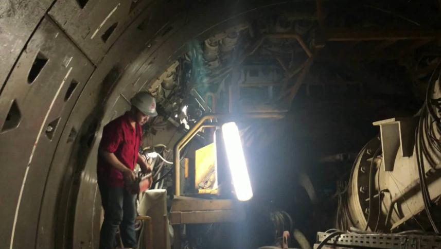 50秒丨38℃!地下20米5台盾构机同步施工!济南地铁2号线有望明年底通车