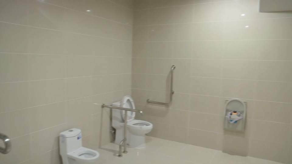 49秒丨暖心!临沂北站设置第三卫生间 为母婴等乘客服务