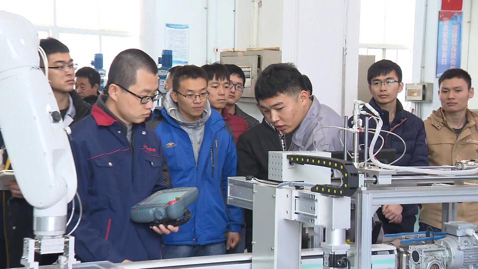 这就是山东|潍坊多渠道培育高技能人才 为企业发展提供新动能