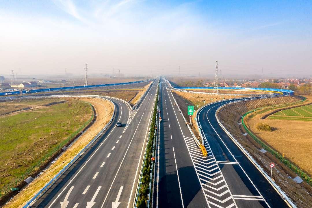 """又有两条高速同时通车 山东高速集团提前一年完成""""十三五""""通车任务"""