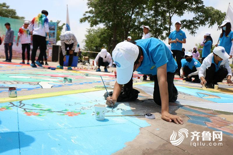 青岛理工大学琴岛学院学生会代表队指导老师于丹向