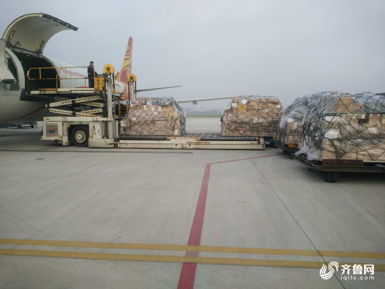 樱桃季来啦!看青岛机场如何轻拿轻放运输你网购的樱桃