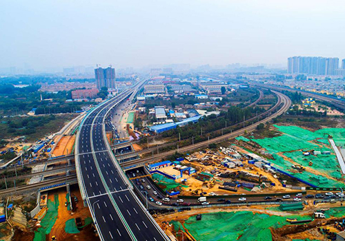 济南首条纵贯南北的快速通道完工 27日试通车