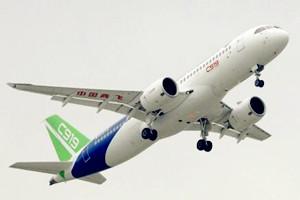 【网络媒体走转改】C919飞上蓝天,钛金科技势不可挡