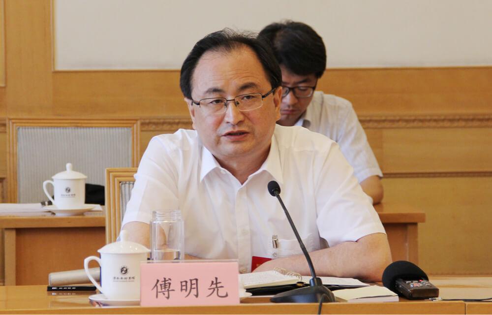 济宁市委书记傅明先:要敢于攀高枝谈大品牌 推动企业招才引资