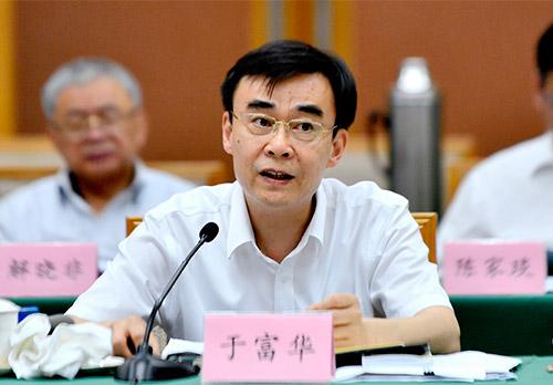 省人社厅厅长于富华:要打造留住人才、留住企业的创业服务社区