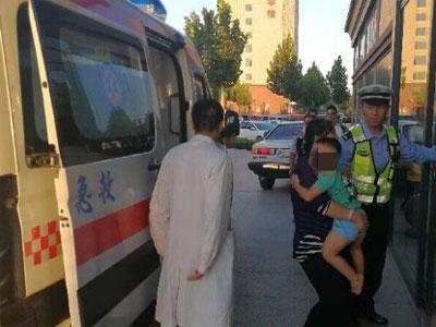 聊城北服务区3岁儿童突发高烧惊厥 交警急救援
