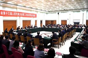 青岛港自揭软实力短板,获省委书记点赞:我要表扬你