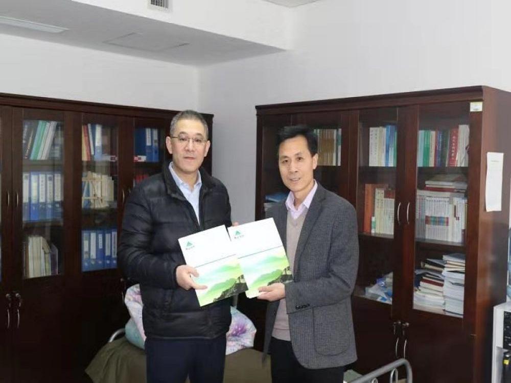 山东省赴湖北医疗队获赠2.09亿元保险保障
