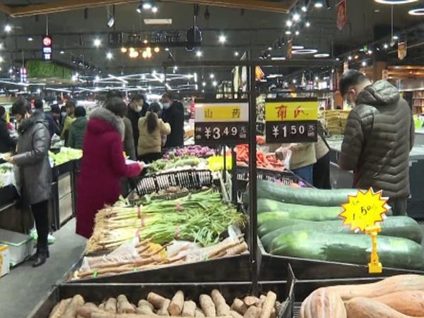 泰安岱岳区生活必需品供应充足 超市经理:绝不哄抬物价