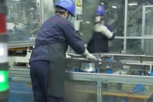 央视《晚间新闻》丨稳定全球汽车供应链 山东32家韩资汽配企业复工