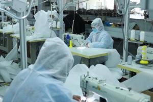 【日照】一件不卖!日照时装企业投资600万转产防护服