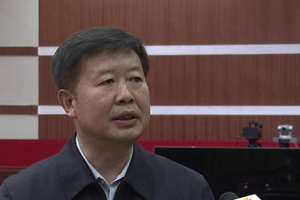 高密市委书记卞汉林:聚焦重点攻坚 奋力实施突破 加快推动经济社会高质量发展