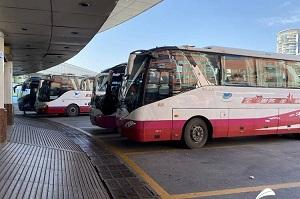 中短途方向余票充足!济南长途汽车总站客流增加但总体平稳