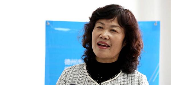 高惠芳:合理规划老旧小区 改善居民环境
