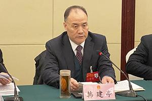 韩建亭在参加陵城代表团审议