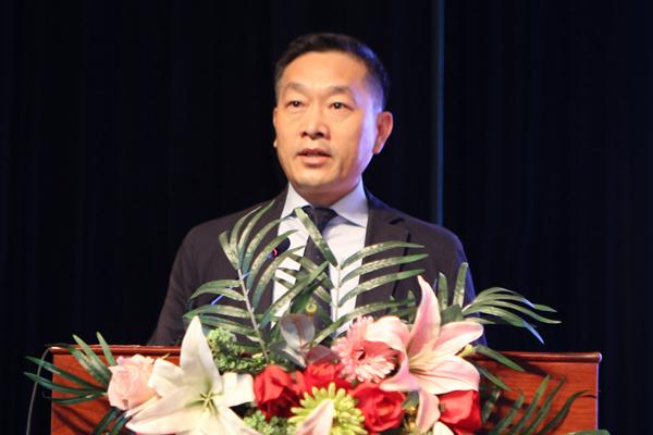 党委副书记、院长徐云生宣读表彰决定.jpg