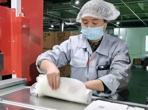疫情之下,这家防护手套企业何以做到世界第一?