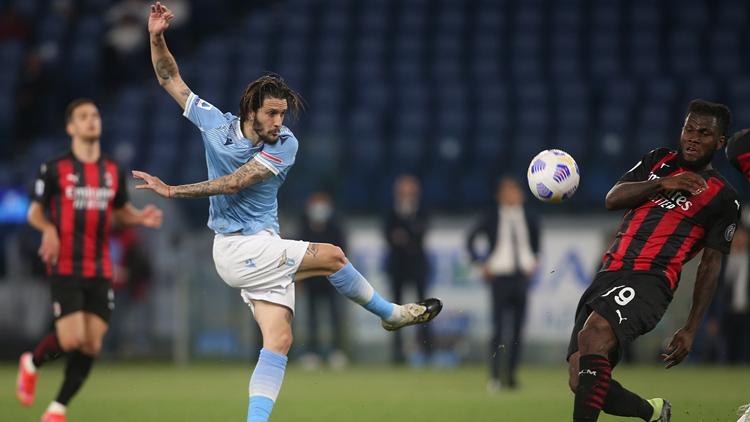 因莫比莱传射大将2球 米兰0-3拉齐奥
