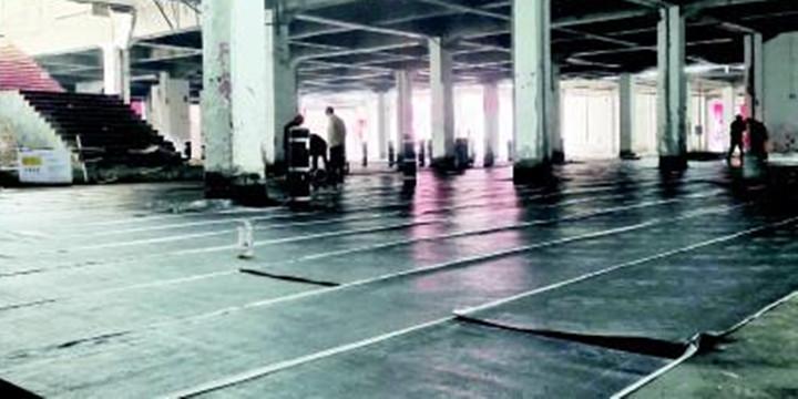 """潍坊火车站北广场地下空间计划年底前完工!702个车位缓解周边""""停车难"""""""