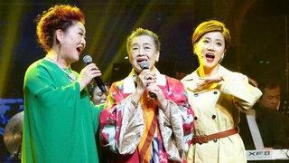 84岁朱逢博重新登台唱起《我的祖国》