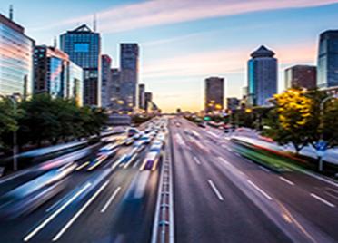 潍坊市提升城区道路保洁水平适应限时免费停车新常态