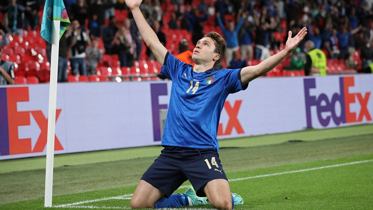 小基耶薩破門 意大利挺進歐洲杯八強