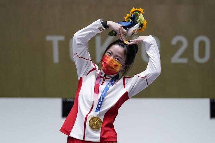 中国首金!杨倩夺东京奥运会女子十米气步枪冠军