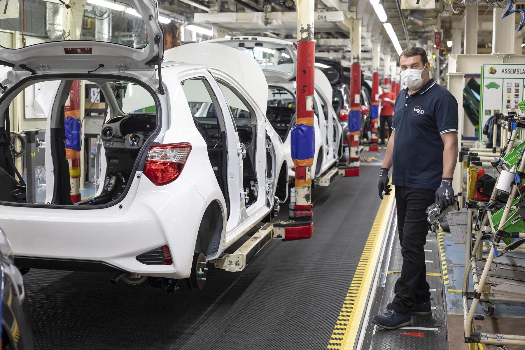"""""""缺芯""""持续抑制生产 欧洲车市现8年来最大跌幅"""