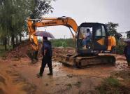 聊城各地加快农田排涝、秋粮抢收进度 确保把受灾损失程度降到最低