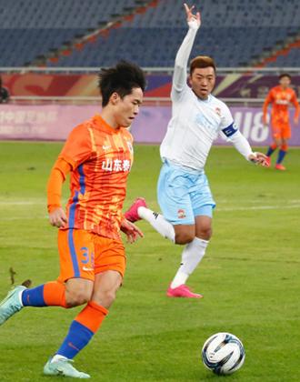 足协杯:三将建功,山东泰山3-0青岛青春岛晋级八强