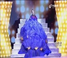 《花漾梦工厂2》:刘璇挑战高空单人秋千 玩转花样高难惊险动作