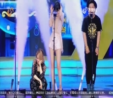 """超强音浪:游戏""""叠字KTV""""容祖儿展现刚强个性"""