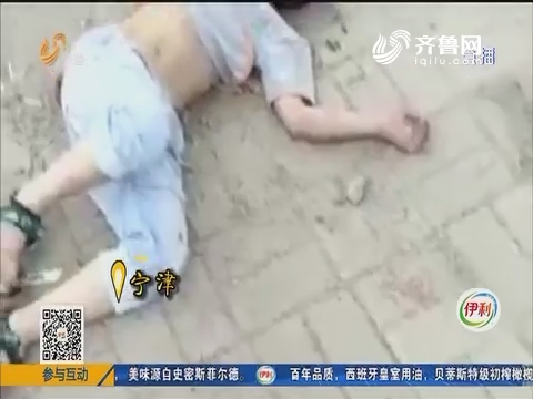 【凡人善举】宁津:男孩晕倒路边 路人开车急救