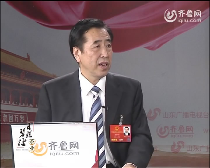 【两会大家谈】袁仲雪:我们不缺技术人员 缺大技术家