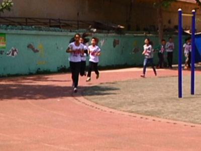 幸福街小学运动会气氛热烈特色鲜明
