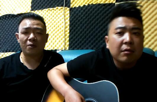 """济南""""网红""""组合火爆朋友圈 原创歌曲追忆80后鲁能情结"""