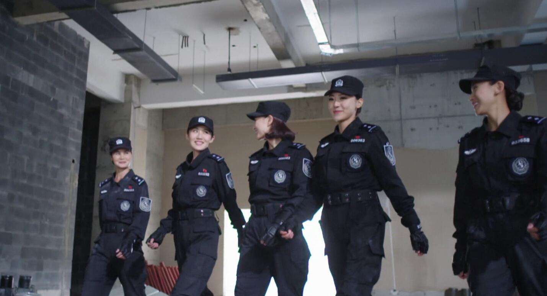 山东卫视暑期欢乐上映《警花与警犬》