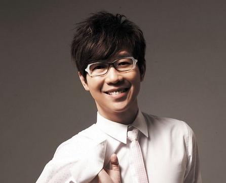 娱乐bigbang丨明星大拜年:黄品冠贺新年