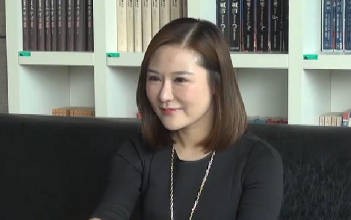 娱乐微直播 | 听主持人王溪讲述她的故事