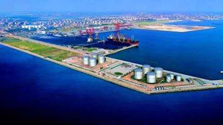 115秒航拍烟台港千万吨级原油储备基地