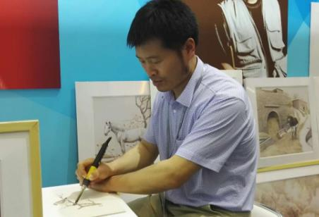 山东烙画大师文博会现场讲述传统手艺里的新门道