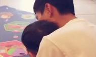 陈楚生与儿子合唱《月亮代表我的心》