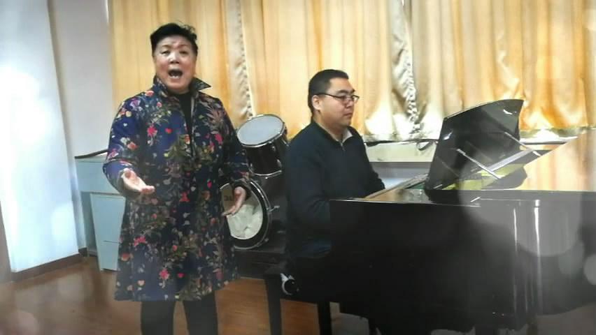 省广电老干部合唱团高奏迎新曲,欢歌迎新年
