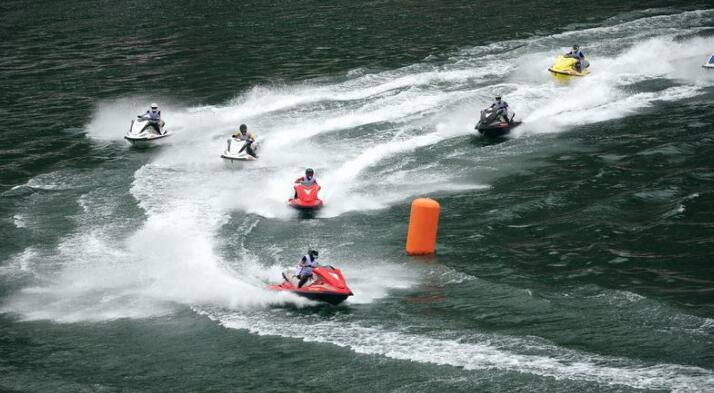摩托艇联赛彭水大奖赛开赛