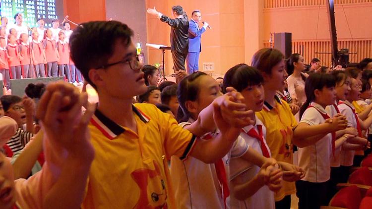 希望山东 福彩有爱|200名留守儿童用歌声唱出心中梦想 尾声《同一首歌》